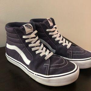 Shoes - High top vans
